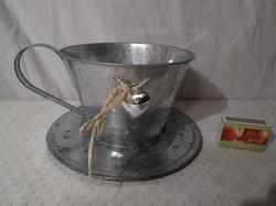 Csésze - bádog - hatalmas  -  22 x 11 cm függesztve is használható