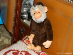 Antik ca. 100 éves szalmával bélelt majom