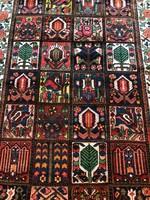 Kézicsomózás Semiantik Bakhtiar Kertmintás Perzsaszőnyeg 320x167