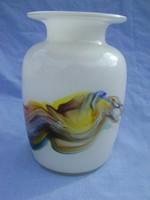 Ulrica Hydman-Vallien Kosta&Boda párosok által tervezett és készített  váza