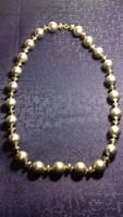 Ezüst színű nagy gyöngyszemekből álló retro nyaklánc 038