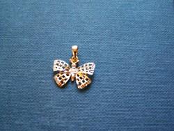 Medál pillangós 14 K arany