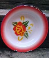 Zománc tányérok szép mintával középen