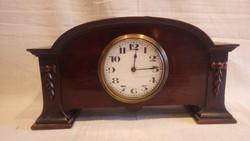 Régi kandalló óra Svájci Buren szerkezettel
