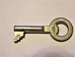 Régi postaláda kulcs 24 jelzéssel
