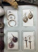 Aranyozott, divatos fülbevalók