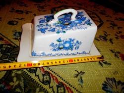 Angol porcelánfajansz  vaj, vagy sajttartó,  kínáló tál +fedél
