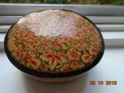 Kézzel festett,aranyozott virágos,ovális, lakkozott papírmasé ékszeres doboz