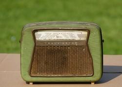 Első tranzisztoros rádió Magyarországon ( működőképes )