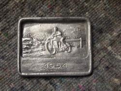 Veterán motoros öntvény, plakett 1954