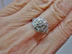 Szépséges antik brill fehér arany gyűrű
