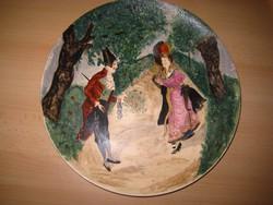 Schütz Cilli ,  kézzel festett  , fali  keramia tányér    átm. 35 cm