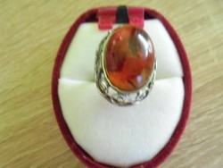 Régi borostyán köves gyűrű