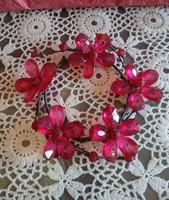 Gyertyagyűrű piros virágos gyongyből