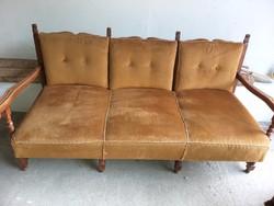 Koloniál ágy,kanapé,2 fotel és dohányzóasztal eladó.50.000.-Ft