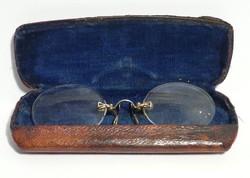Antik cvikker eredeti bőrrel bevont vaslemez tokban c1890
