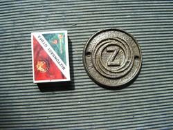 Zetor öntöttvas embléma antik