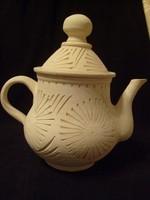 Terrakotta kávé-tea kiöntő,belül fényes máz bevonattal eladó dús metszett díszes