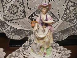 Antik német porcelán szobor