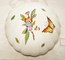 Különleges kagyló alakú porcelán ékszertartó