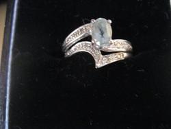 Kék topáz és gyémánt arany gyűrű szett