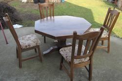 Tölgyfa étkező garnitúra (asztal + 4db szék), szép állapotban