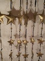 Fém dekor  girland - arany színű - 110 cm hosszú - 3 D  csillagokkal - átmérője 10 - 5 cm