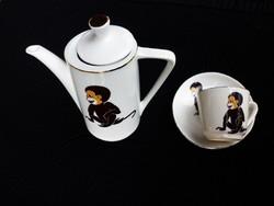 Majmocskás kévé kiöntő és kávés csésze