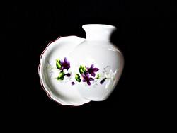 Aquincumi ibolyás váza és ibolyás tálka