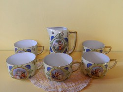 Alt wien barokk jelenetes teás csészék és kiöntő.