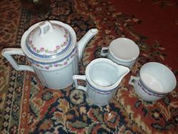 Eladásra kínálok antik porcelán kínáló, teás 2 csésze kis kiöntő és nagykiöntő tetővel