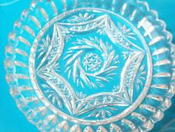 Szép forgócsillagos tiszta fényű kristály kínáló tálka 15 cm