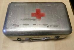 Régi elsősegély, mentő doboz