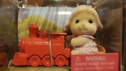 Gyűjthető vonatos bárány figura