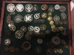 Áttört érme gyűjtemény