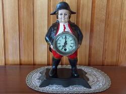 Asztali óra, festett vas, Napóleon sapkás pocakos úr hasán, szemmozgásos, hibátlan