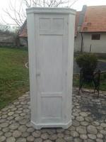 Vintage shabby sarok szekrény fehér festett antikolt felújított