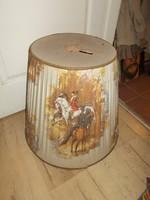Nagyméretű álló lámpa ernyő lovas jelenettel