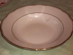 Aranycsíkos cseh tányér