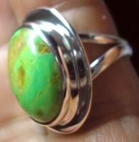 925 ezüst gyűrű, 16,5/51,8 mm, ausztrál gaspeitével