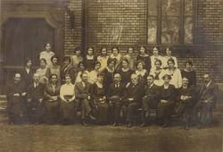 0U010 Régi iskolai fotográfia csoportkép 1923