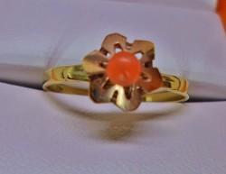 Szépen megőrzött antik arany korall gyűrű