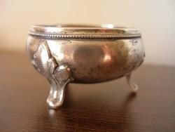 Kis ezüst sótartó