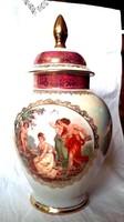 Jelzett jelenetes fedett váza , urna váza