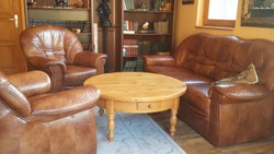 Bőr (új és valódi bőr!) ülőgarnitúra, kinyitható kanapéval.