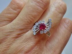 Kivételes antik rubin,fehér zafír 18kt arany gyűrű