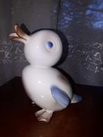 Ritka Aquincumi porcelán figura