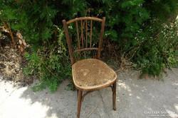 Mundus jellegű szék - javításra szoruló