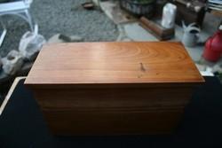 Antik borbélydoboz fából