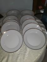 Zsolnay   12db  tányér   6  lapos  6 mély  arany  szegélyes   13000   ft